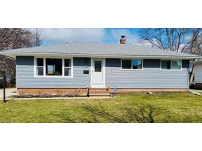 Property for sale at 1618 Green Acres Drive, Parma,  Ohio 44134