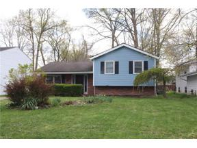 Property for sale at 26123 Redwood Drive, Olmsted Falls,  Ohio 44138