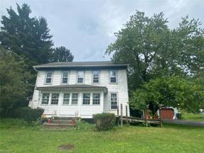 Property for sale at 8430 Kinsman, Russell,  Ohio 44072