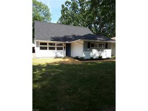 Property for sale at 608 Woodmere Drive, Berea,  Ohio 44107