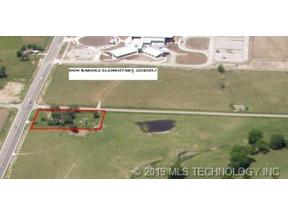 Property for sale at 7601 N Memorial Drive, Owasso,  OK 74055