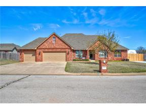 Property for sale at 917 NW Lincoln Avenue, Piedmont,  Oklahoma 73078