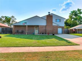 Property for sale at 1413 Autumn Drive, Moore,  Oklahoma 73160