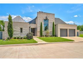 Property for sale at 8508 Stonehurst Court, Oklahoma City,  Oklahoma 73120