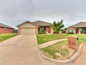 Property for sale at 10013 Allie Hope Lane, Yukon,  Oklahoma 73099
