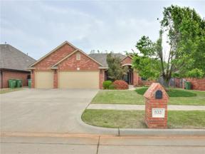 Property for sale at 933 Regal Road, Yukon,  Oklahoma 73099