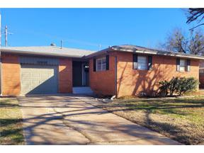 Property for sale at 1002 N Nail Parkway, Moore,  Oklahoma 73160