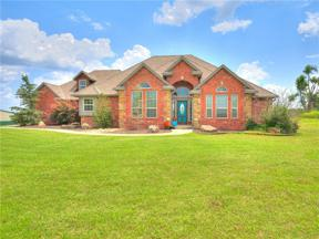 Property for sale at 8815 Rolling Meadows Drive, Guthrie,  Oklahoma 73044