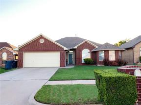 Property for sale at 2017 Sarah Lane, Moore,  Oklahoma 73160