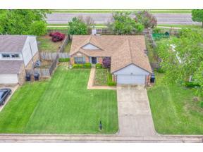Property for sale at 10112 Hollyhead Way, Yukon,  Oklahoma 73099