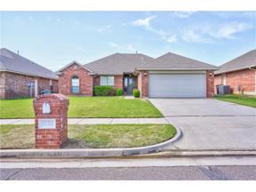 Property for sale at 1732 SW 31st Street, Moore,  Oklahoma 73160