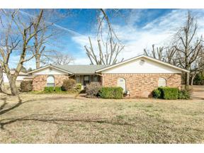 Property for sale at 716 S Mitchell Lane, Mustang,  Oklahoma 73064