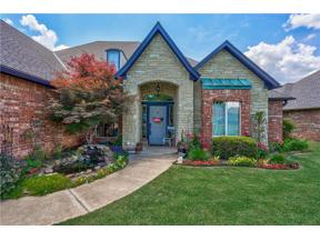 Property for sale at 2813 Chisholm Trail Lane, Moore,  Oklahoma 73160