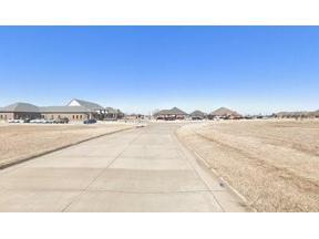 Property for sale at 1751 Professional Circle, Yukon,  Oklahoma 73099