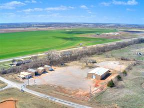 Property for sale at 10910 N Country Road 3010 Road, Lindsay,  Oklahoma 73052