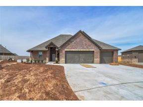Property for sale at 131 NW Hickory Circle, Piedmont,  Oklahoma 73078