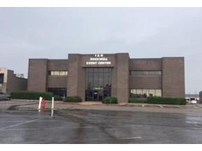 Property for sale at 7250 NW Expressway 200, Oklahoma City,  Oklahoma 73132