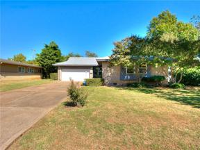 Property for sale at 2711 Ridgeview Drive, The Village,  Oklahoma 73120
