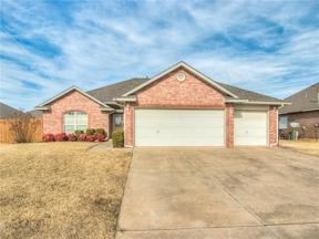 Property for sale at 837 SW 40th Street, Moore,  Oklahoma 73160