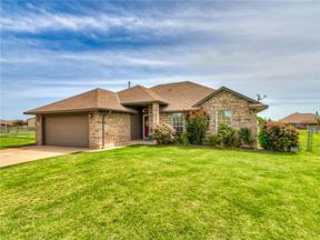 Property for sale at 2556 Wagon Train Circle, Piedmont,  Oklahoma 73078