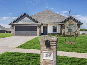 Property for sale at 14005 Northwood Village Drive, Piedmont,  Oklahoma 73078