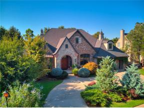 Property for sale at 9828 Stonebridge Drive, Yukon,  Oklahoma 73099