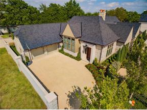 Property for sale at 8516 Stonehurst Court, Oklahoma City,  Oklahoma 73120