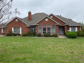 Property for sale at 1800 S Bryant Avenue, Moore,  Oklahoma 73160