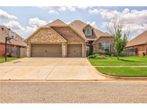 Property for sale at 609 Lindsey Lane, Moore,  Oklahoma 73160