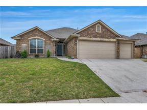 Property for sale at 9208 Shady Grove Road, Moore,  Oklahoma 73160