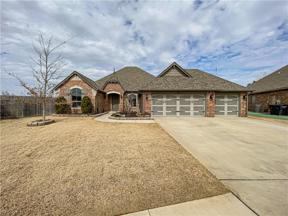 Property for sale at 645 SW 28th Street, Moore,  Oklahoma 73160