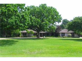 Property for sale at 2305 Summit Place, Edmond,  Oklahoma 73034