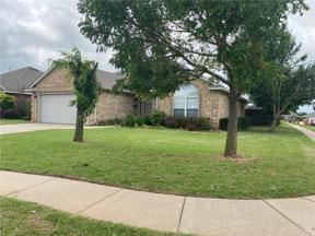 Property for sale at 704 E Forest Court Lane, Mustang,  Oklahoma 73064
