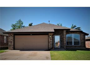 Property for sale at 324 SW 39th Street, Moore,  Oklahoma 73160