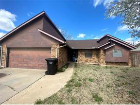 Property for sale at 413 Williams Drive, Moore,  Oklahoma 73160