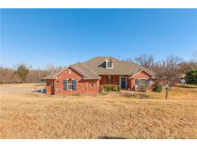 Property for sale at 218 Cristina Drive, Guthrie,  Oklahoma 73044