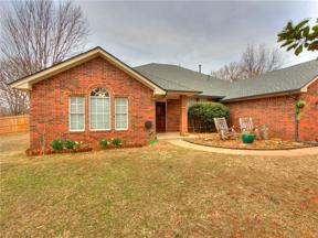Property for sale at 1015 Mockingbird Road, Guthrie,  Oklahoma 73044