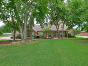 Property for sale at 200 N Wyndemere Lakes Drive, Moore,  Oklahoma 73160
