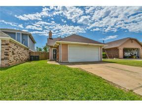 Property for sale at 606 Stoneridge Drive, Moore,  Oklahoma 73160