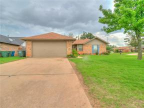 Property for sale at 1404 Greenfield Drive, Edmond,  Oklahoma 73012