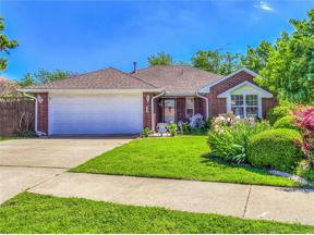Property for sale at 4137 Queens Drive, Moore,  Oklahoma 73160