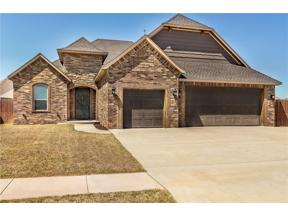 Property for sale at 329 SE 9th Court, Moore,  Oklahoma 73160