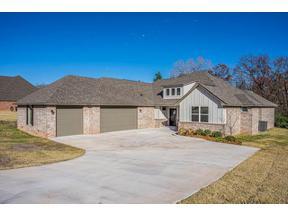 Property for sale at 2409 Minnesota Circle, Shawnee,  Oklahoma 74804