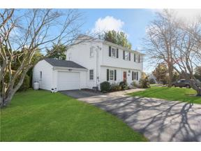 Property for sale at 110 Linda Avenue, Portsmouth,  Rhode Island 02871