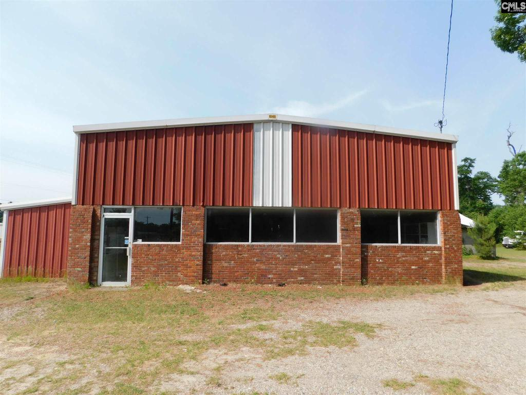 Photo of home for sale at 5501 Columbia Highway, Monetta SC