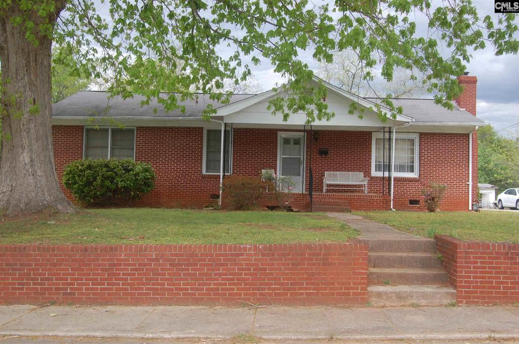 Photo of home for sale at 407 Green Street, Laurens SC