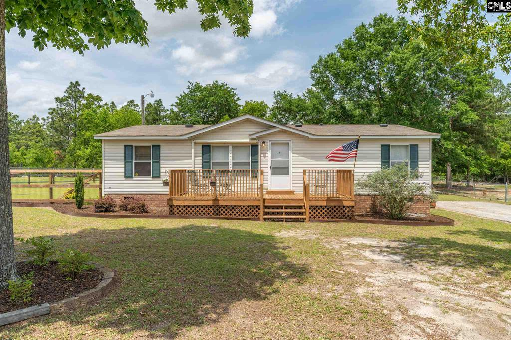 Photo of home for sale at 157 Heather Ridge Drive, Gaston SC