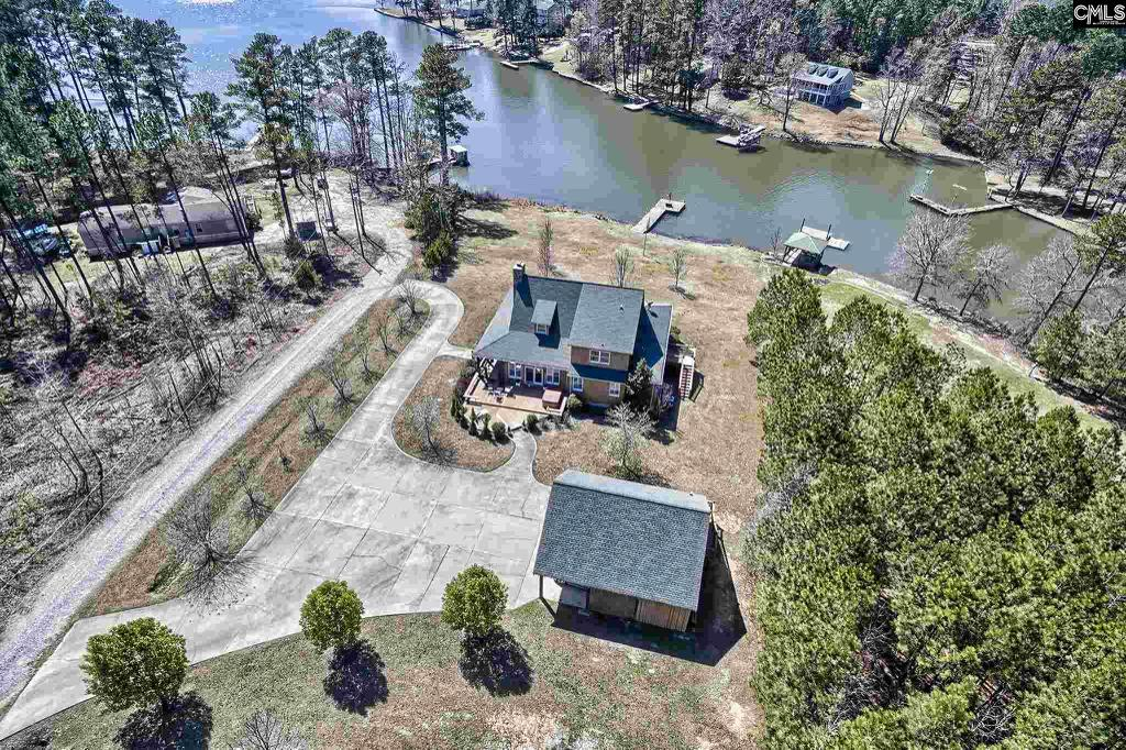 Photo of home for sale at 2161 Methodist Camp Road, Camden SC