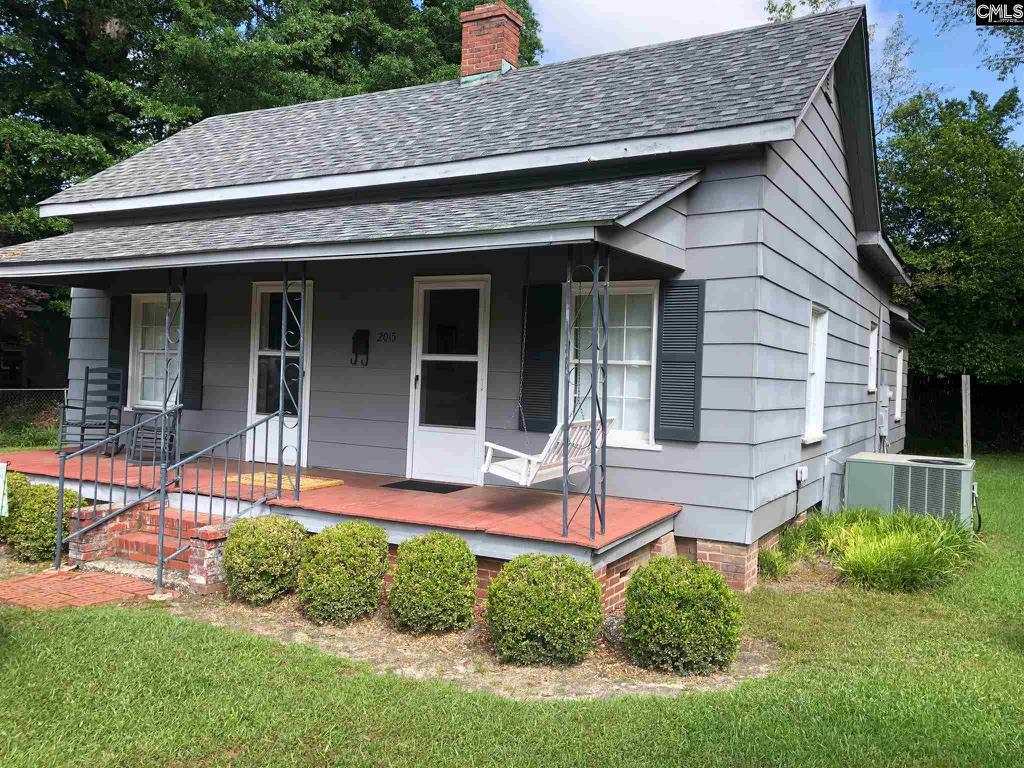 Photo of home for sale at 2015 Haile Street, Camden SC