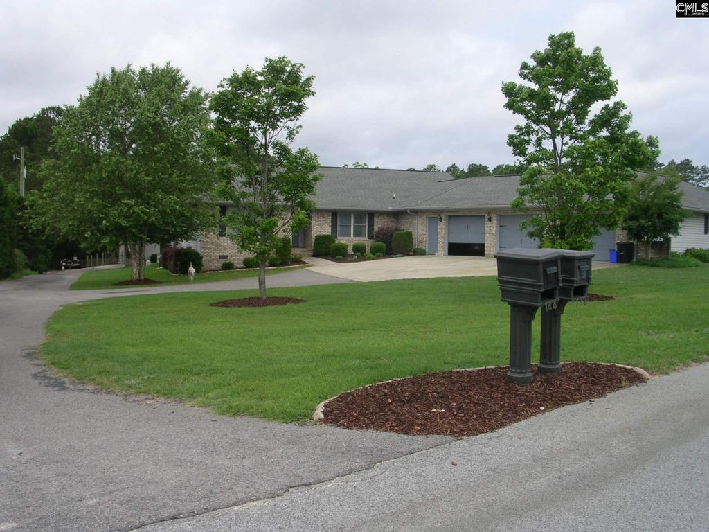 Photo of home for sale at 138 Lost Branch Road, Lexington SC